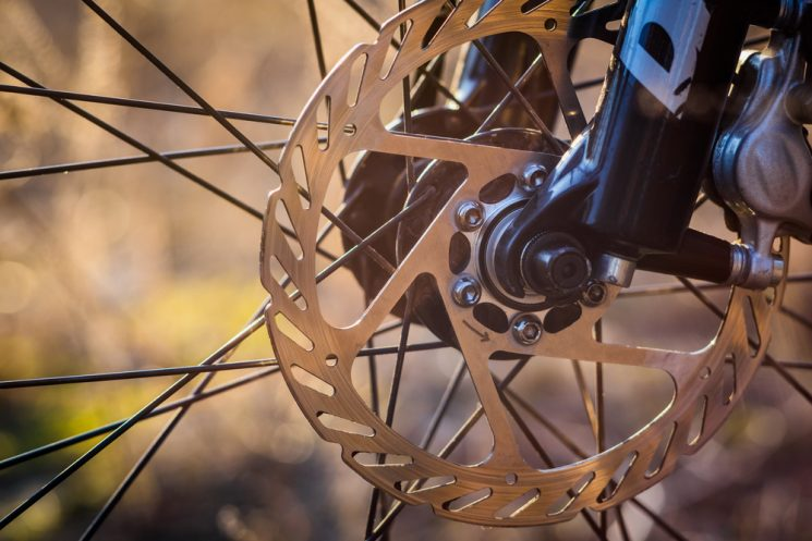 UCI stance on use of disc brakes during domestic road ...